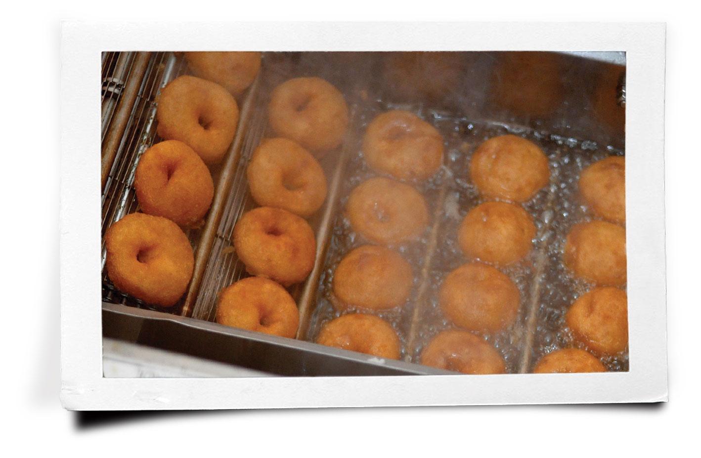 pf_donuts